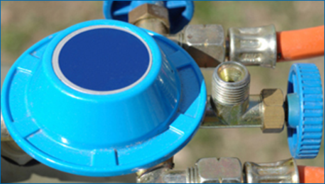 Gas cylinder fitting service